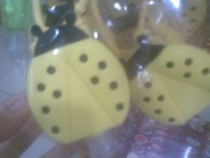 handgel kumbang kuning